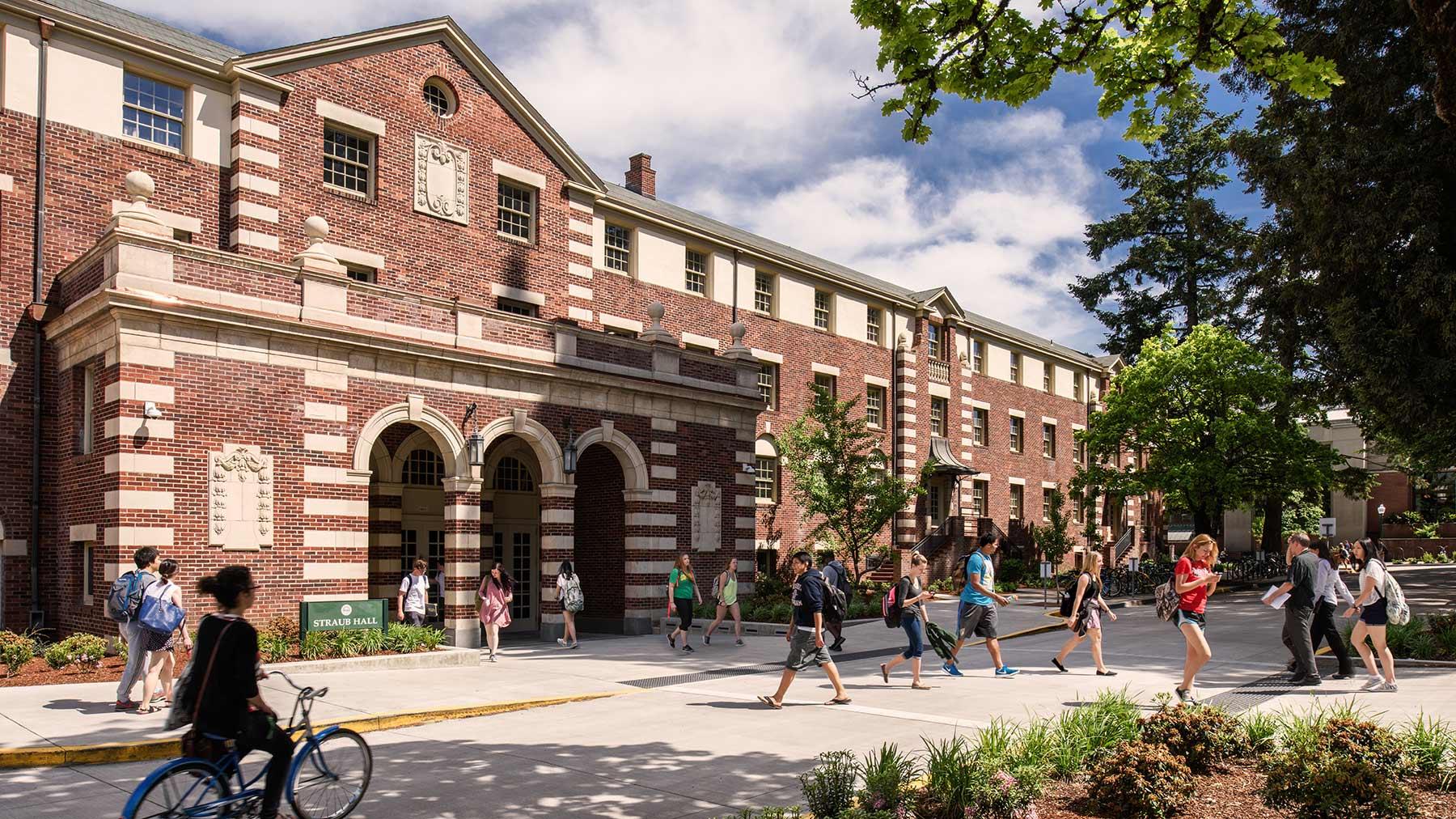 University of Oregon Straub Hall Exterior